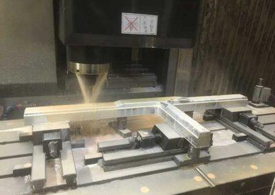 Fraisage D'Un Bras En Aluminium Au4G par ALM Industry à Courcelles en Belgique