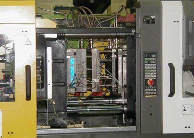 Moule D'Injection Plastique par ALM Industry à Courcelles en Belgique