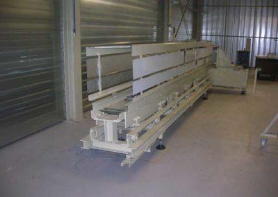 Table De Refroidissement À Entrainement Hydraulique par ALM Industry à Courcelles en Belgique