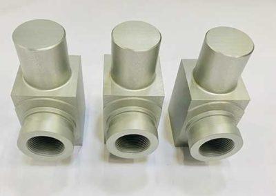 Pièces Tournées Et Fraisées En Aluminium Anodisé par ALM Industry à Courcelles en Belgique