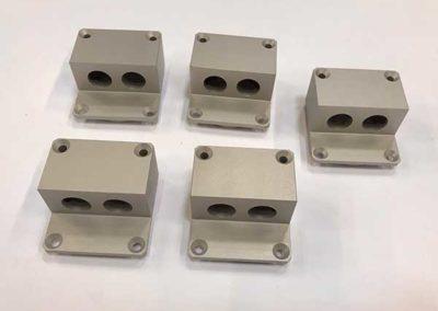 Pièces Fraisées En Aluminium Anodisé par ALM Industry à Courcelles en Belgique