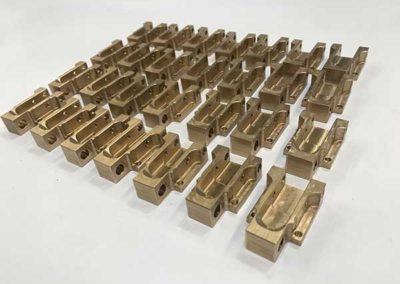Usinage De Pièces En Petites Séries En Bronze par ALM Industry à Courcelles en Belgique